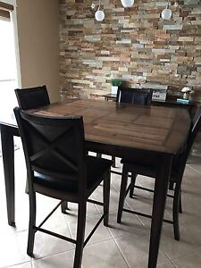 Kitchen table with 8 chairs and hutch set