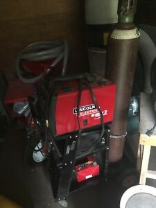 Lincoln Electric Welding Machines