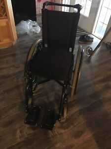 Quickie 2 wheelchair, 14 inch, rare size, good for kids!