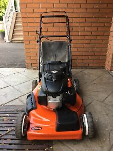 "Ariens 22"" Self Propelled Gas Lawnmower With Bag, Like NEW!!"
