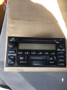 CD/Cassette Tape Stereo With Speakers