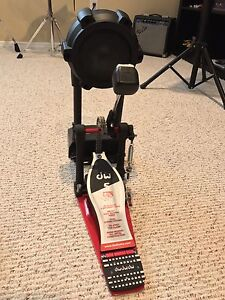 Like new DW5000 Delta 4 Bass Drum Pedal and Roland K-9 Kick Pad
