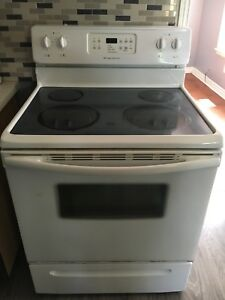 Frigidaire Stove for Sale!!