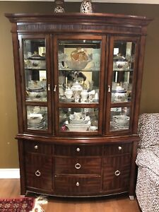 Victorian China Cabinet 2 Piece $300