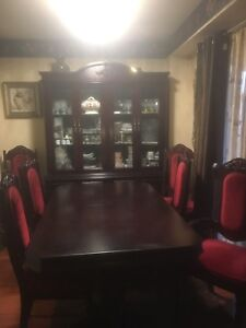 Dining table set 9 pc marked down for only $150