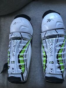 "Reebok 13"" Shin Guards"