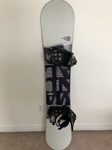 Forum Snowboard and Bindings for Sale