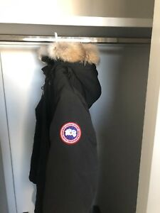 Ladies Long Canada Goose Parka