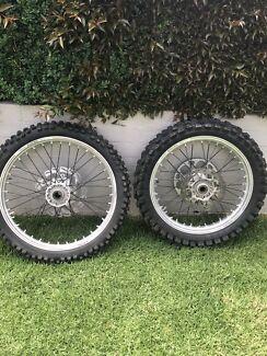 Ktm/husky wheel set 350sxf 450sxf