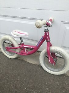Strider/balance bike for sale (no pedals)