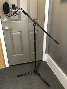 Microphone, Shock Mount, Pop Filter and Stand