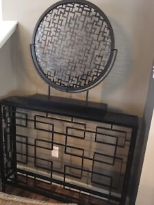 Asian style entry way table and display