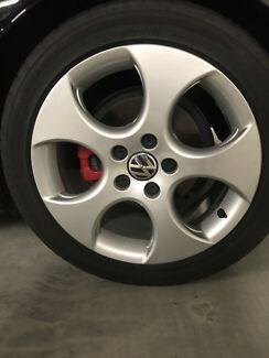 Wanted: Golf gti 17 inch wheels and tires