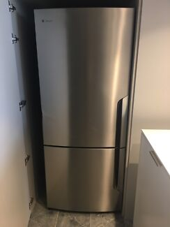 Westinghouse WBE4500SA 450L Stainless Steel