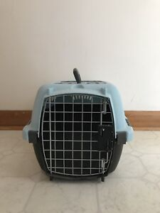 Misc Sized Kennels/Pet Bed