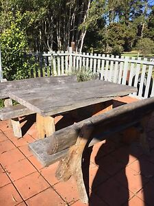Outdoor table n chairs Razorback Wollondilly Area Preview