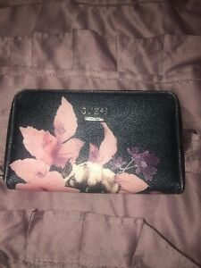 Authentic Guess floral wallet barely used  & Guess wrist purse