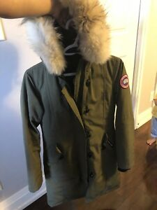 Canada Goose Long Jacket KIDS size Large $299 firm