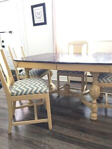 Rustic table & chairs