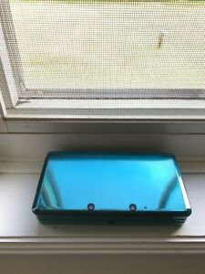 Blue Nintendo 3DS