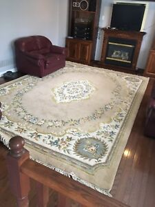 Hand knitted imported Indian rug