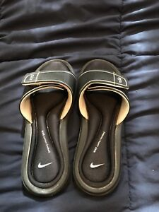 Women's Nike footbed sandals