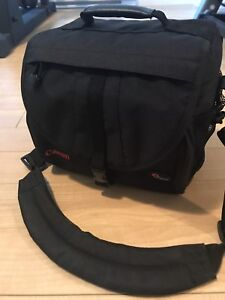 Cannon low pro camera bag (new)
