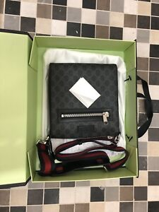 Gucci mens small messenger bag