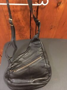 EUC Oulette Black All Leather Crossbody Sling Bag