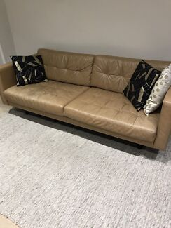 DESIGNER LEATHER TAN COUCH/SOFA