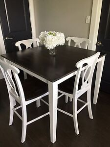 PUB STYLE Dining Room Table and Chairs SOLID WOOD!