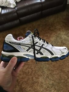 Men's Size 12 ASICS Nimbus 16 Sneakers