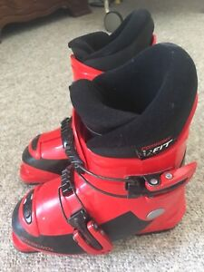 Boys Downhill Boots Size 18.5