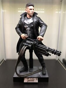 Hot Toys figures