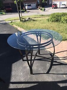 Round Glass Top Kitchen Table + Metal Foam Chairs