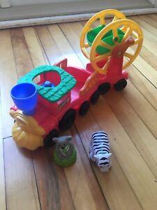 Fisher price little people zoo train