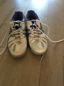 Netball shoes worn twice Darling Heights Toowoomba City Preview