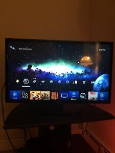 LG Flat Screen gaming TV 32 Inches