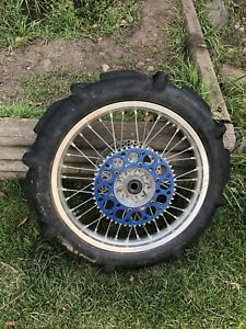 2005 YZ250 rear wheel assembly