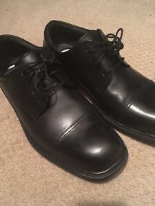 Men's dress shoes brand new