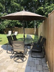 DOT Patio Set with 6 Chairs and Umbrella plus Base