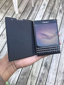 Blackberry passport 32Gb for sale