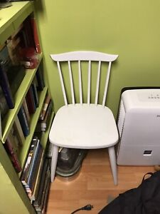 4 white wood chairs