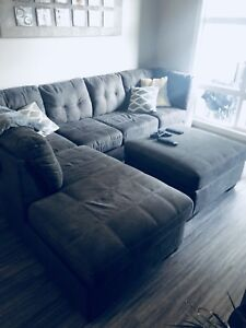 Sectional couch and matching ottoman