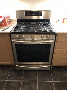 Used gas stove/oven