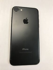 iPhone 7 128GB w/ Charger, Headphones, Box