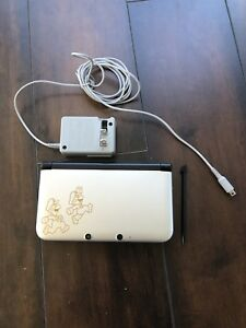Nintendo 3DS XL 30th Anniversary Edition