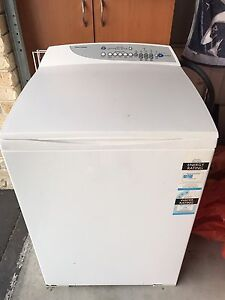 7.5kg Fisher Paykel Washing Machine Mount Nathan Gold Coast West Preview