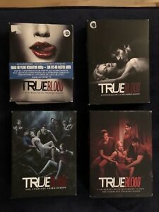 TRUE BLOOD (SEASONS 1 - 4)