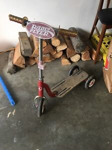 Very well loved radio flyer scooter